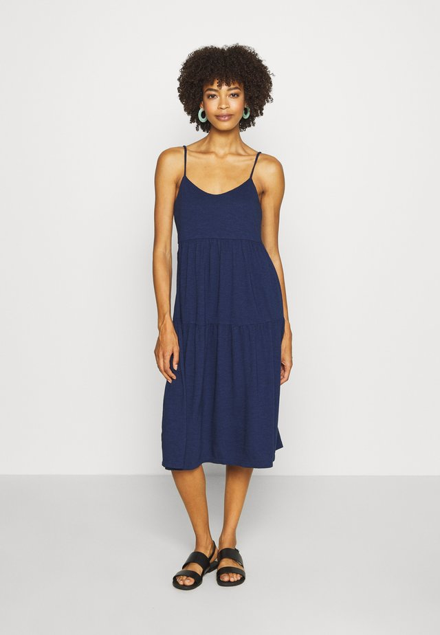 TIERD CAMI MIDI - Jersey dress - new navy