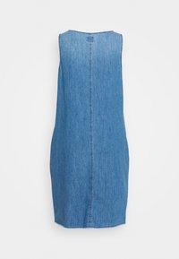 GAP - TANK DRESS - Freizeitkleid - medium wash - 1