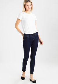 GAP - VINT CREW - T-shirts - optic white - 1