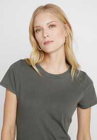 GAP - VINT CREW - T-shirts - baby tweed - 4