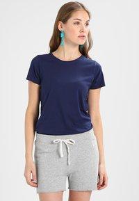 GAP - VINT CREW - T-shirt basic - navy uniform - 0