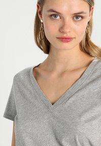 GAP - T-shirt basic - heather grey - 4