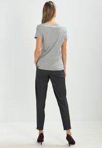 GAP - VINT - Print T-shirt - heather grey - 2