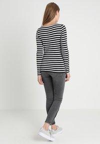 GAP - BOAT - Camiseta de manga larga - black - 2