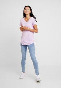 GAP - LUXE - Jednoduché triko - lavender pink - 1