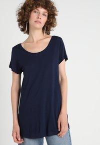 GAP - LUXE - T-shirt basic - navy - 0