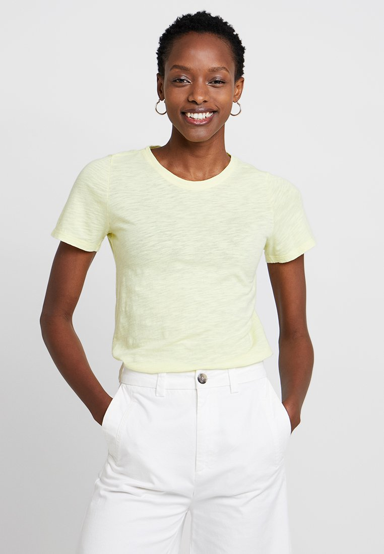 GAP - SLUB SLIM  - T-Shirt basic - fresh yellow