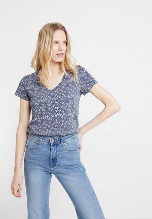 Camiseta estampada - captiva blue