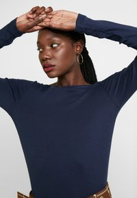 GAP - BOAT - Bluzka z długim rękawem - true indigo - 3