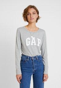 GAP - ARCH TEE - Top sdlouhým rukávem - light heather grey - 0