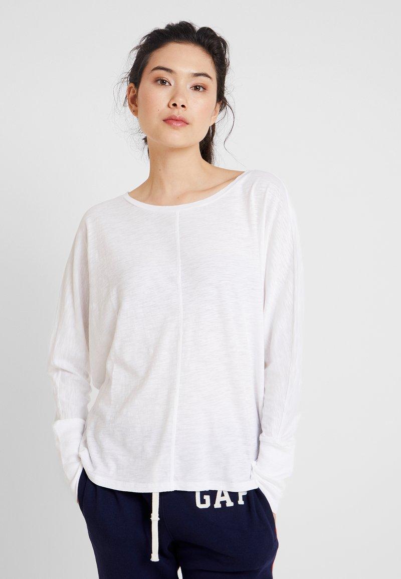 GAP - SLUB - Langærmede T-shirts - white