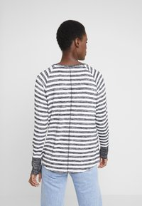 GAP - Strikpullover /Striktrøjer - black stripe - 2