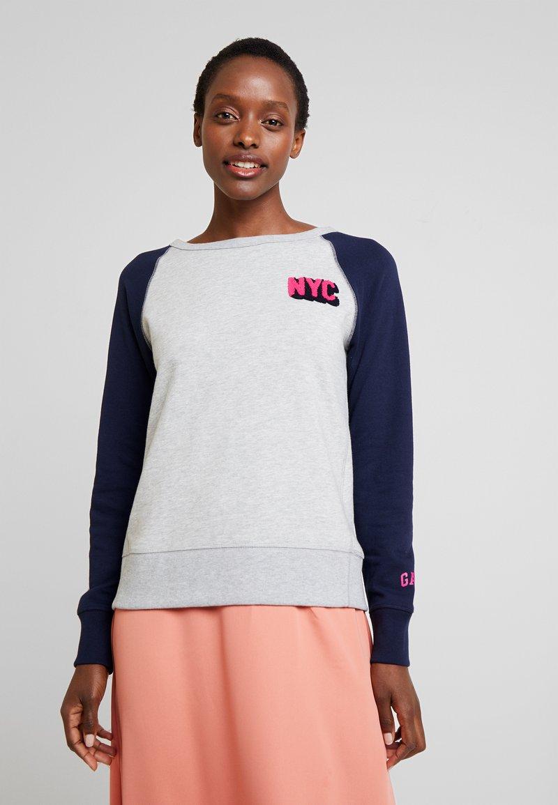 GAP - CITY - Sweatshirt - grey heather