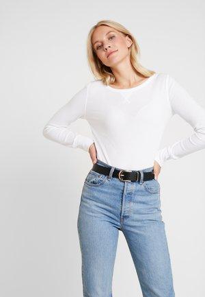 WAFFLE TEE - Long sleeved top - white