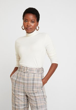 COZY - Long sleeved top - white