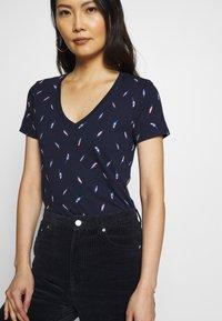 GAP - T-shirts med print - dark blue - 3