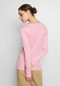 GAP - CREW - Long sleeved top - classic pink - 2