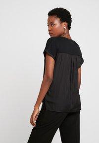 GAP - NOTCH - T-shirt con stampa - true black - 2