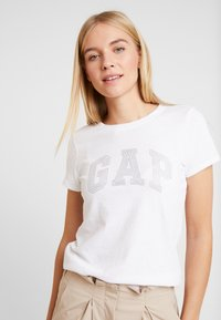 GAP - TEE - Print T-shirt - white - 0