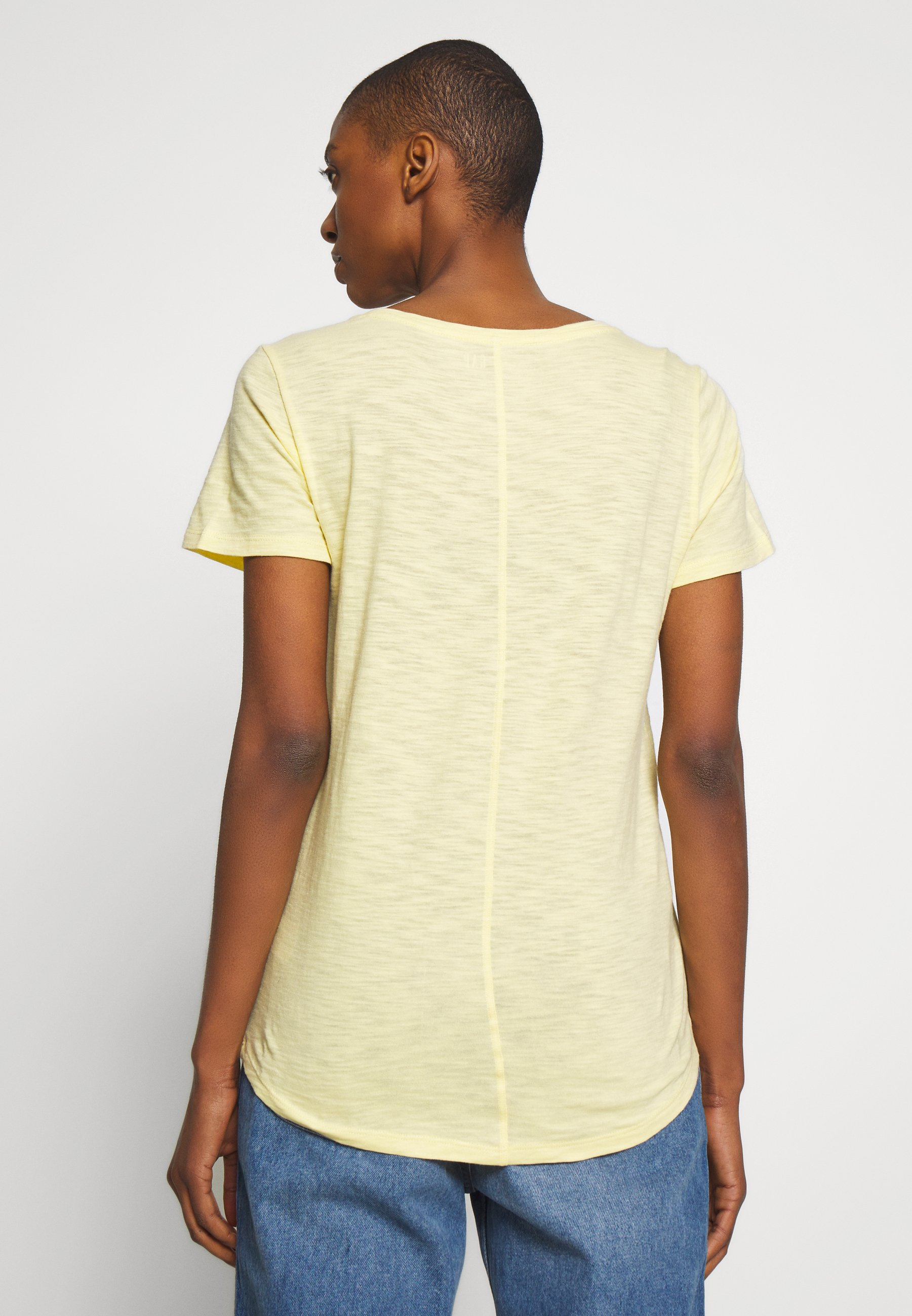 GAP EASY SCOOP - T-shirts - spring yellow