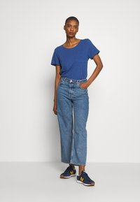 GAP - EASY SCOOP - Jednoduché triko - chrome blue - 1
