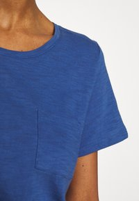 GAP - EASY SCOOP - Jednoduché triko - chrome blue - 5