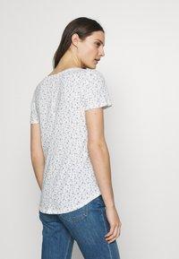 GAP - EASY - Print T-shirt - milk - 2