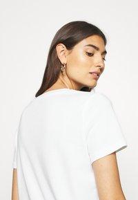 GAP - TEE - T-shirt basic - fresh white - 3
