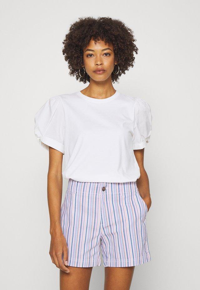 MIX PUFF - T-shirt z nadrukiem - white
