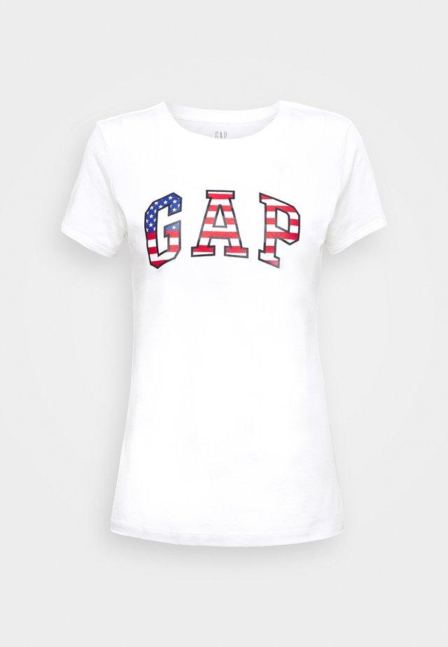 FLAG TEE - T-shirt z nadrukiem - white