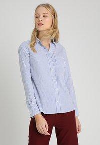 GAP - Skjorte - blue/white - 0