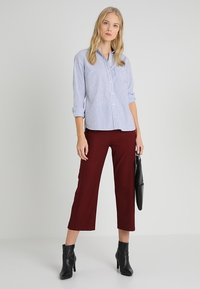 GAP - Skjorte - blue/white - 1