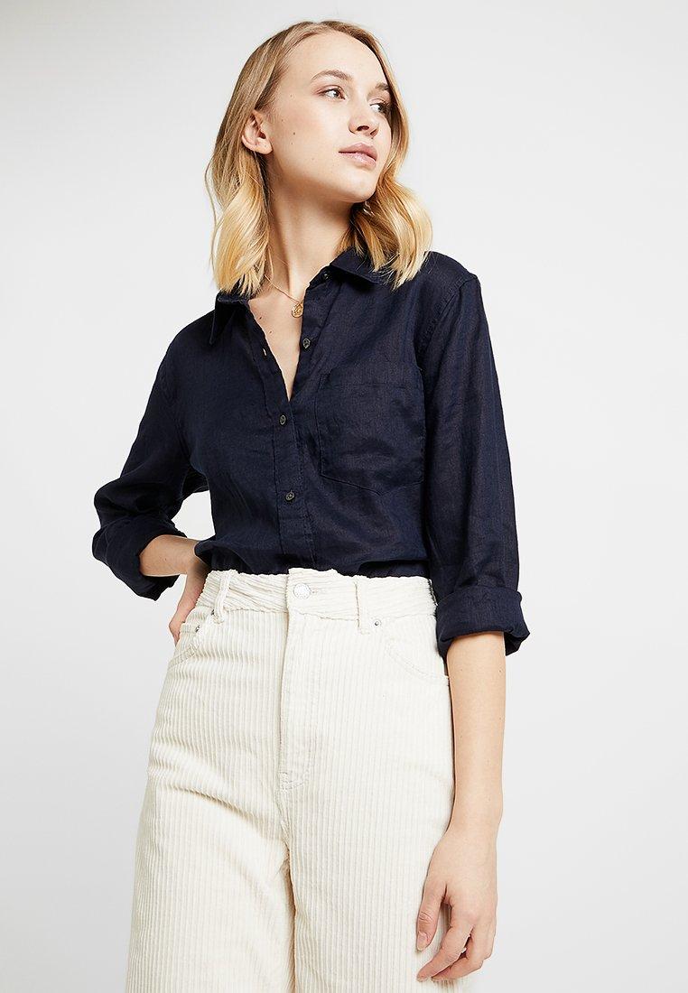 GAP - SOLID - Button-down blouse - navy uniform