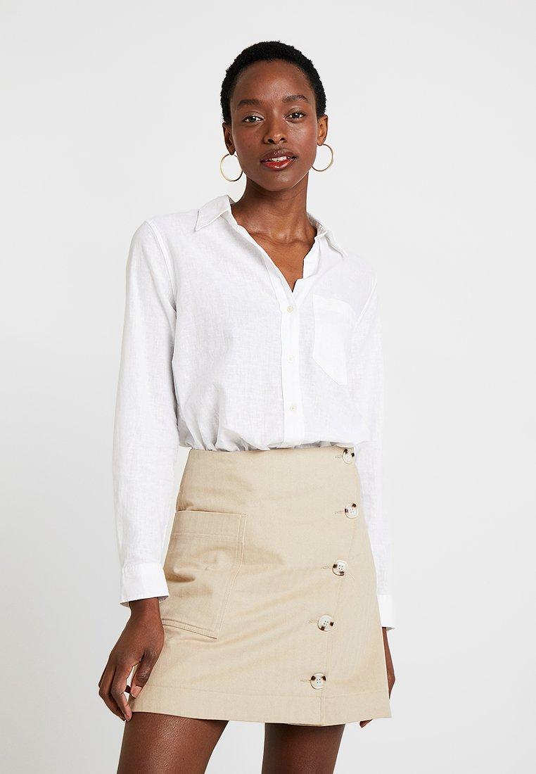 GAP - Button-down blouse - optic white