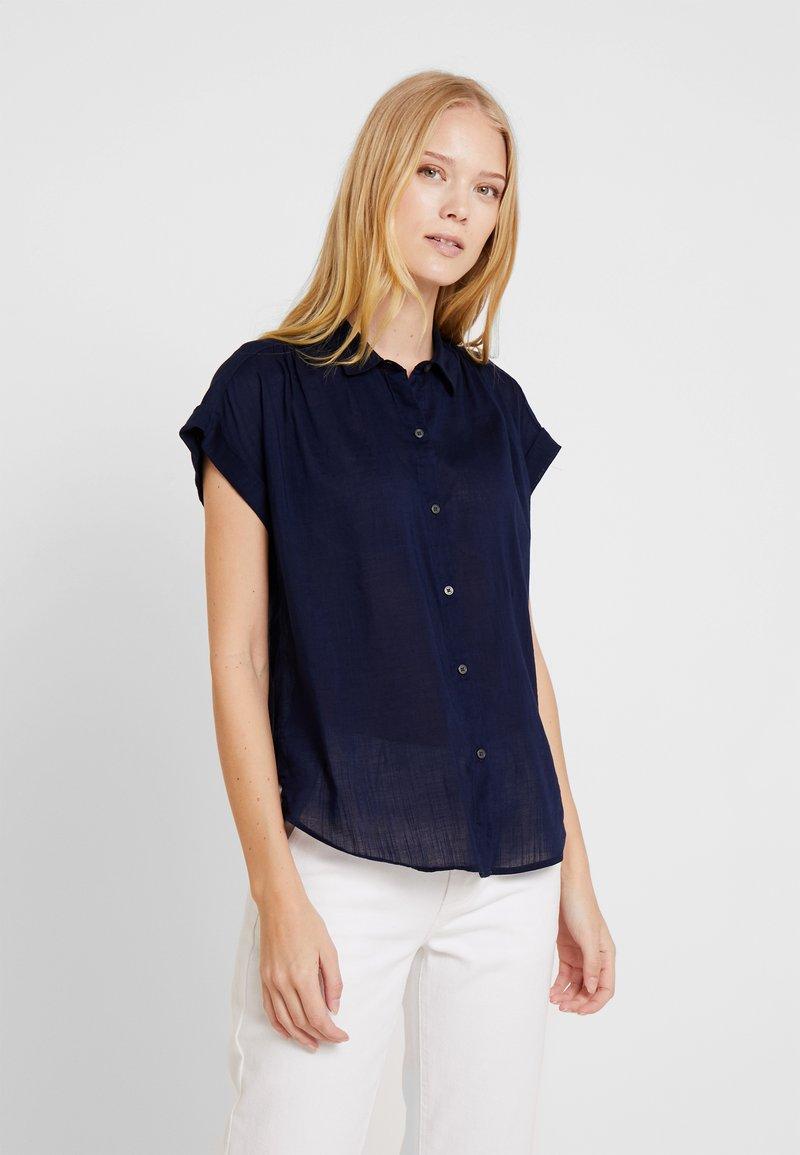 GAP - DRAPY - Button-down blouse - navy bandana