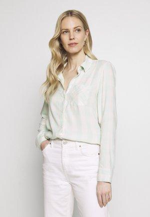 DRAPEY PLAID - Button-down blouse - crystal mint