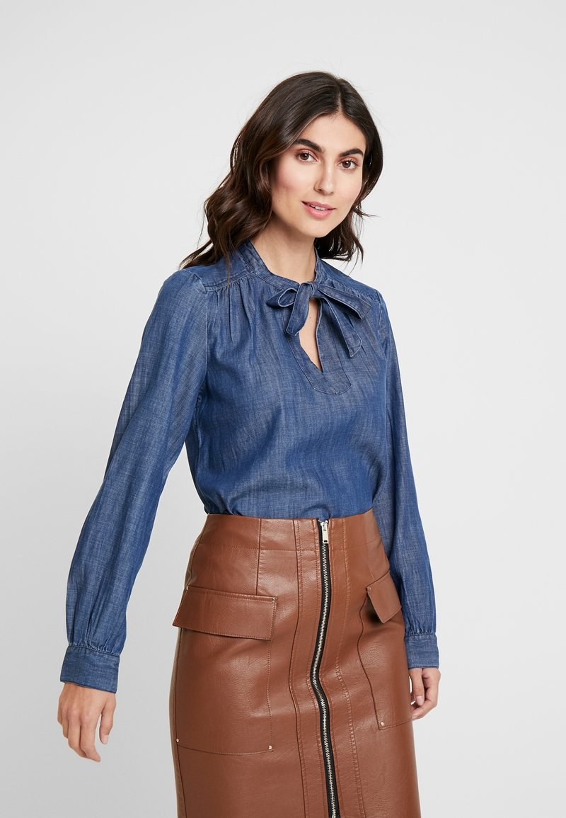 GAP - FRAMED BOW NECK - Blusa - dark indigo