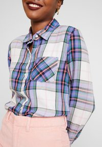 GAP - DRAPEY PLAID - Button-down blouse - lavender - 4