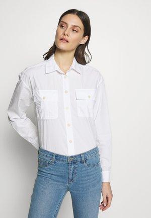 CAMP SHIRT - Skjorte - optic white