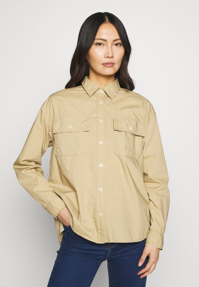 CAMP SHIRT - Camicia - khaki