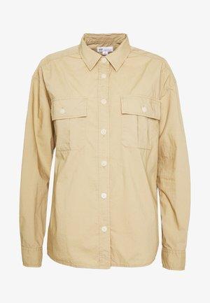 CAMP SHIRT - Skjorte - khaki