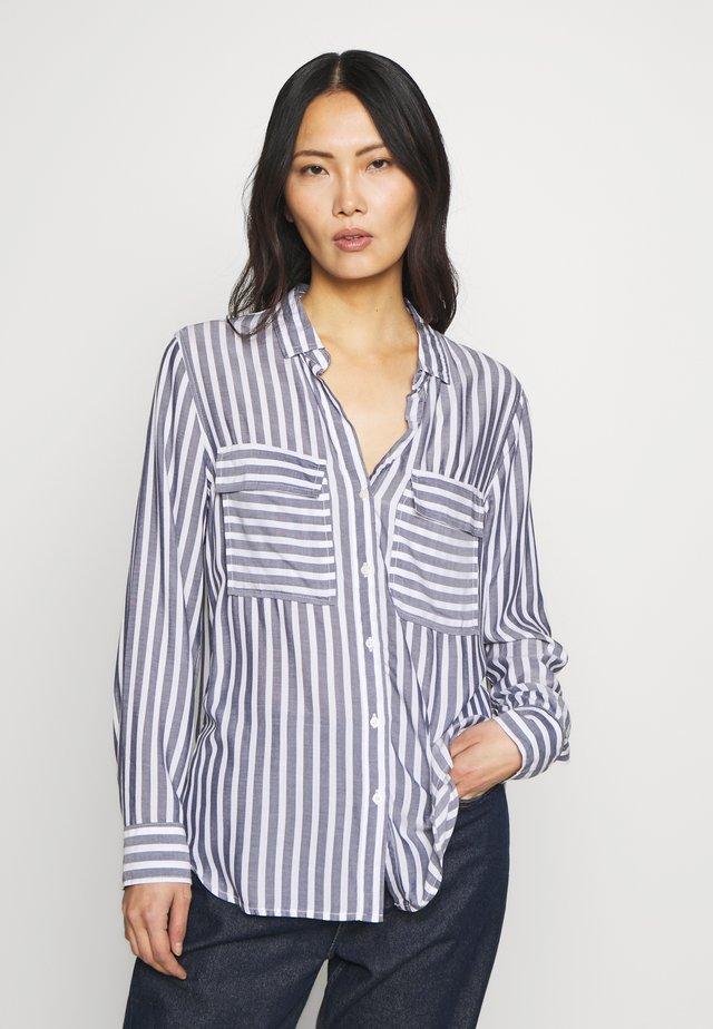 V-DRAPEY UTILITY SHIRT STP - Button-down blouse - navy