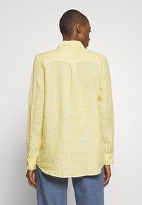 GAP - Camicia - yellow - 2
