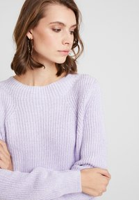 GAP - SHAKER CREW - Jumper - grape jelly - 3