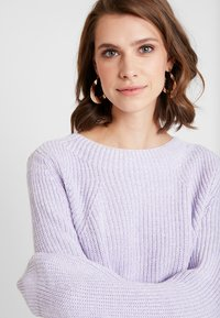 GAP - SHAKER CREW - Jumper - grape jelly - 5