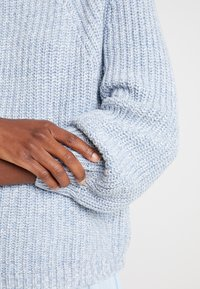 GAP - CROP MOCK - Jumper - light blue marl