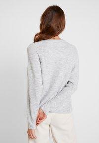 GAP - DRAMA  - Sweter - light heather grey - 2