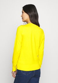 GAP - CREW CARDI - Cardigan - bold yellow - 2