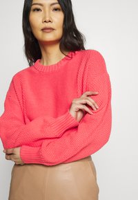 GAP - Jumper - fresh coral - 3