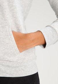 GAP - Bluza z kapturem - light heather grey - 4
